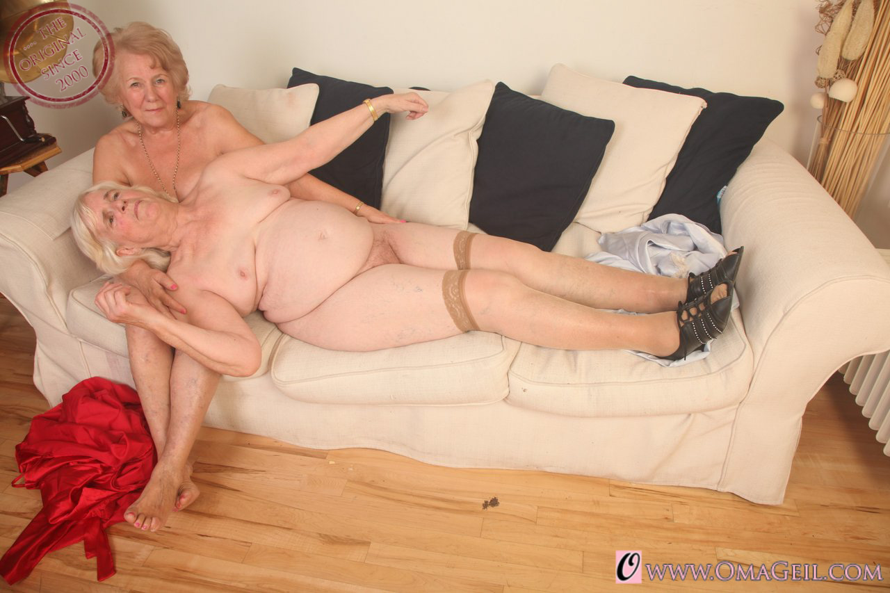 Hot Granny Porn Pictures And Vids - Free Granny And Mature -3993