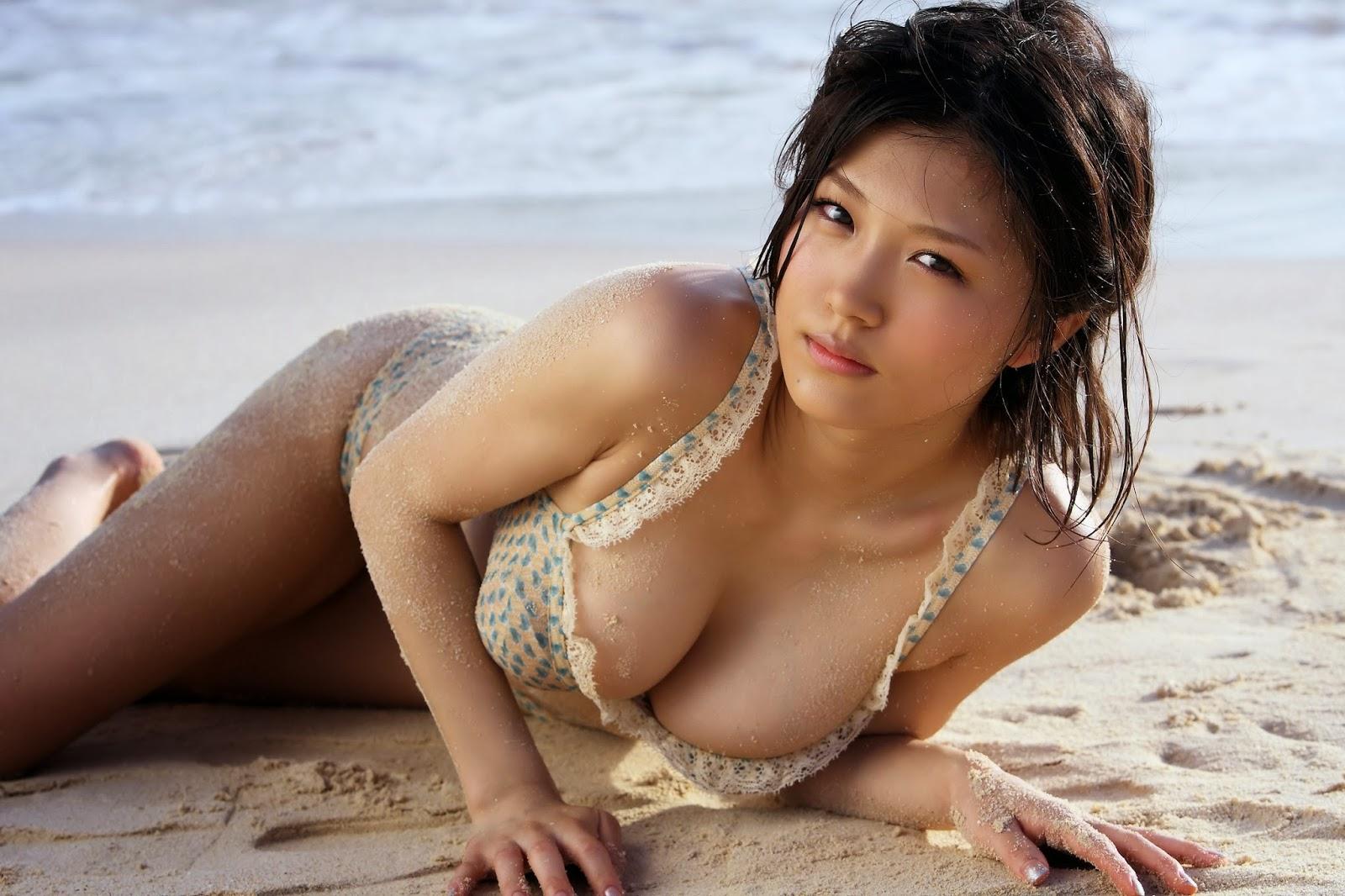 Hottest Asian Bikini 93