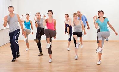 Senang aerobik adalah olahraga yang cocok untuk wanita