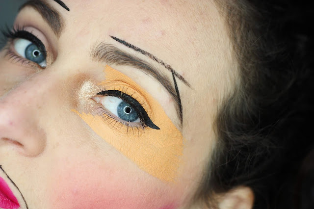 graphic-makeup