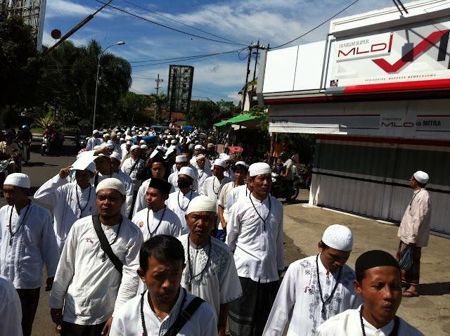 Ribuan Santri NU Long March Simpatik Menolak Aksi Syiah