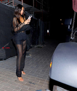 Kim-kardashian-Braless-591+%7E+SexyCelebs.in+Exclusive.jpg