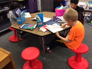 flexible seating short stools