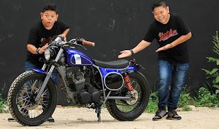 aktor penggemar motor custom