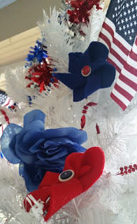 americana tree close up 4