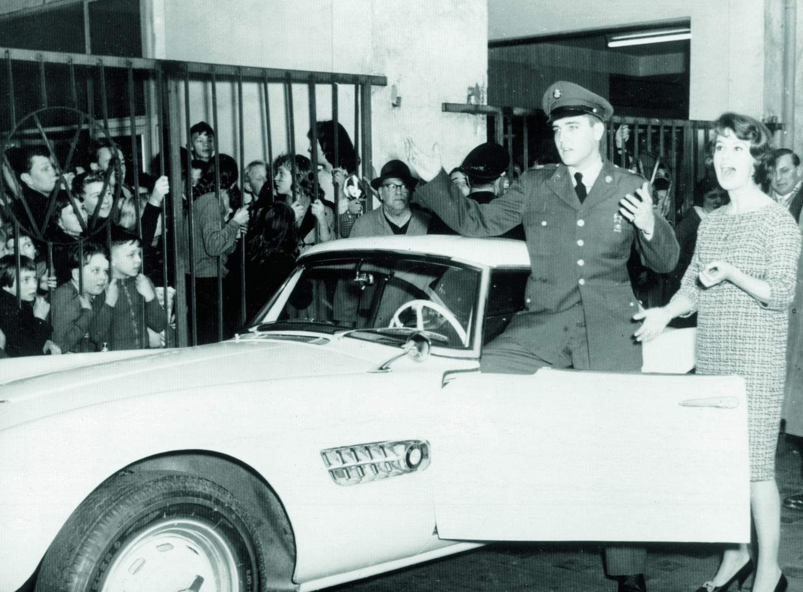 Elvis-BMW507-48.JPG