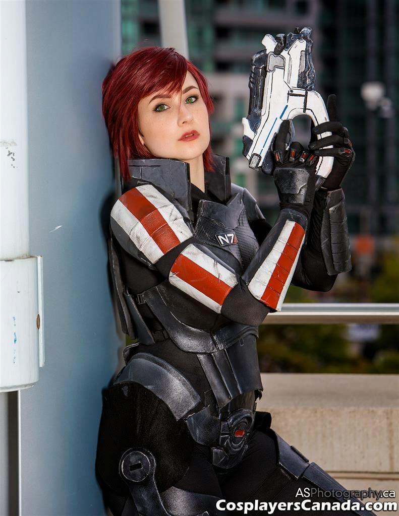Cosplayers Canada Commander Shepard By Malinka Cosplay At