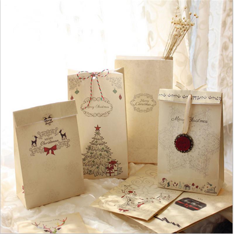 In túi giấy giá rẻ tại Hà Nội, túi giấy kraft cao cấp mẫu mã đẹp Merry Christmas