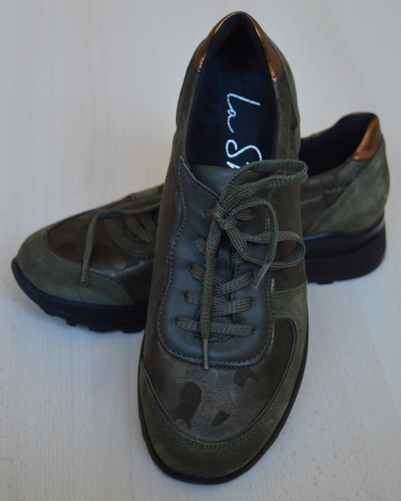 www lashoe