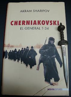 Portada del libro Cherniakovski, de Akram Sharipov