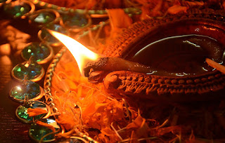Diya looks more attractive and traditional without causing pollution