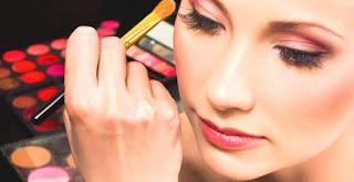 kesalahan makeup