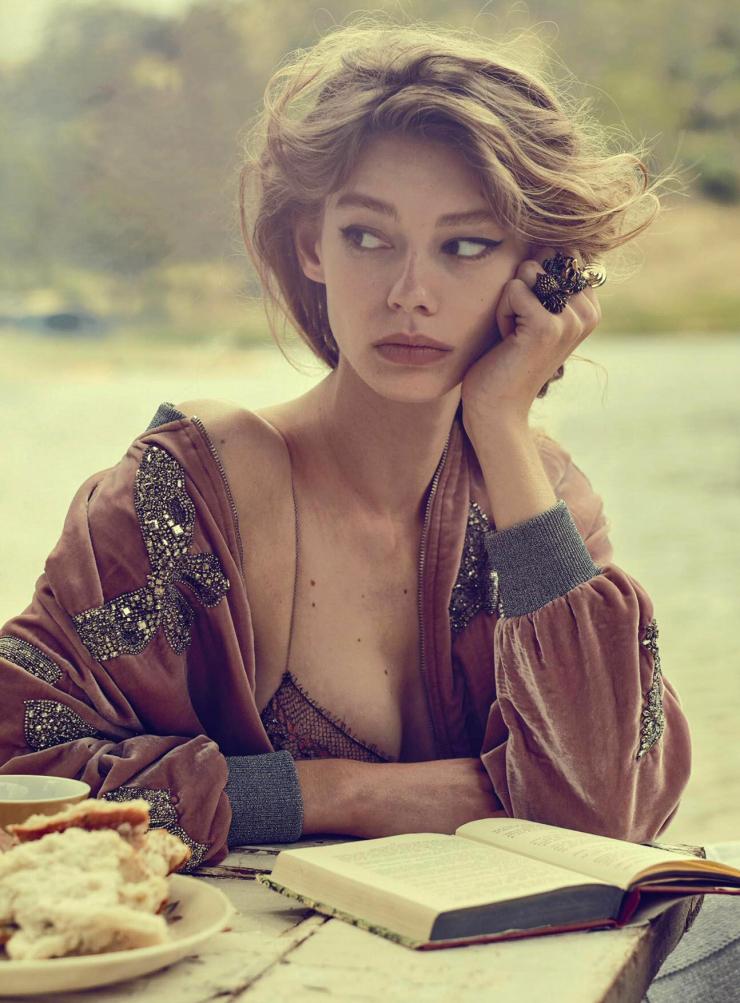 Ondria Hardin top model