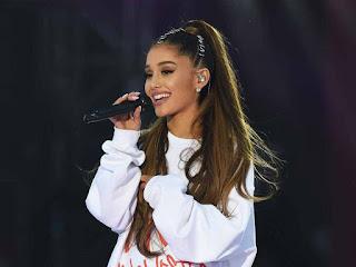 Ariana Grande hottest female singers