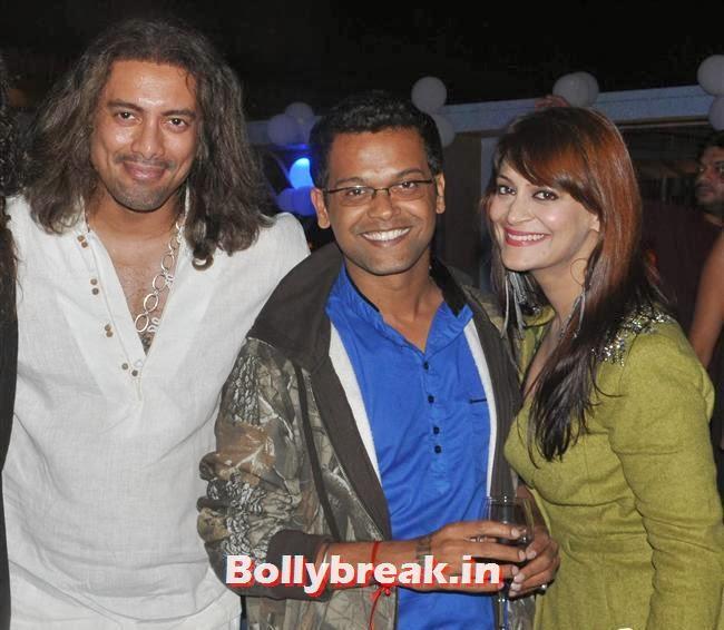 Akashdeep Saigal With Candy Brar, Mumbai Page 3 Celebs at Rehan Shah Birthday Party