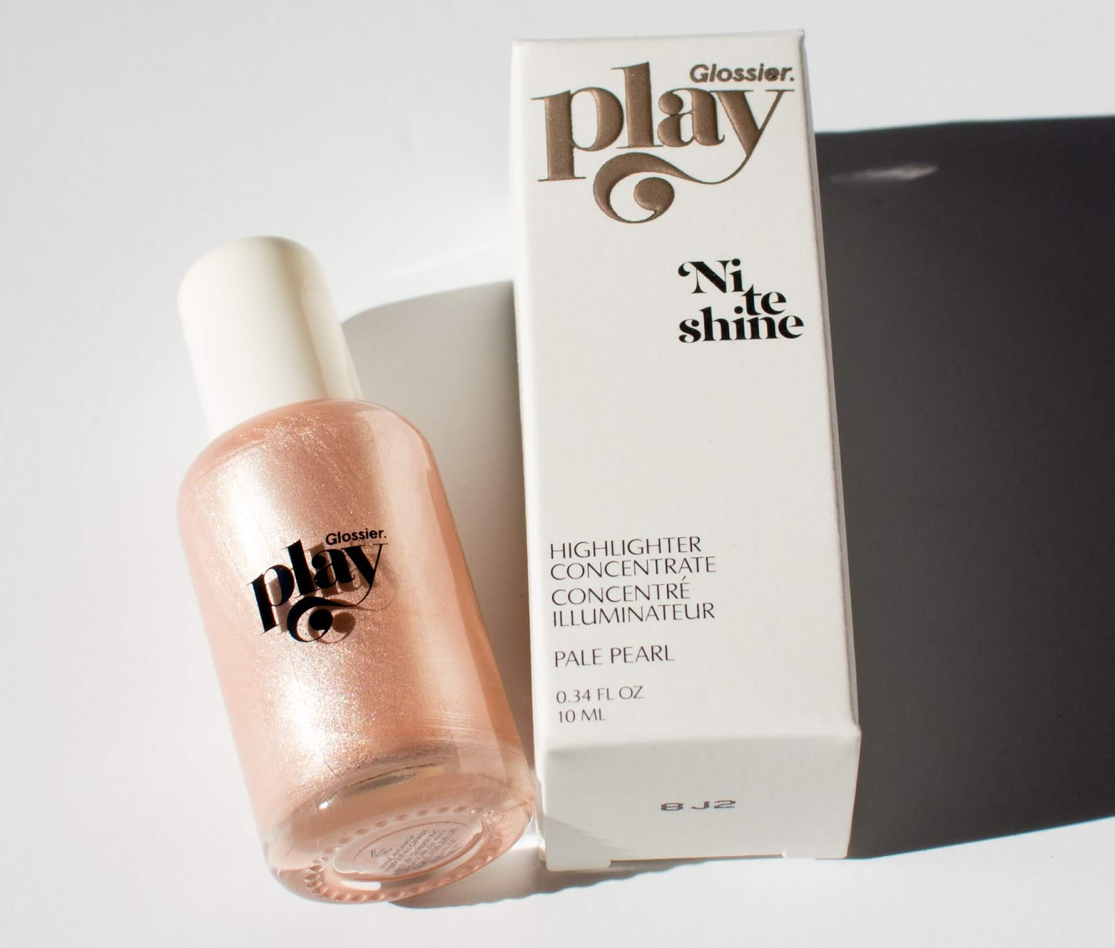 Glossier Play Niteshine Highlighter Concentrate in Pale Pearl