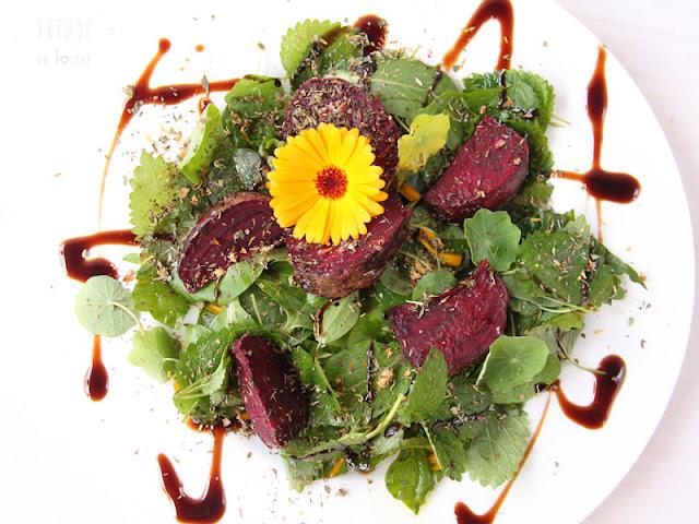 Rote Rüben im Airfryer - Rote Bete - auf Blattsalat - Freude am Kochen
