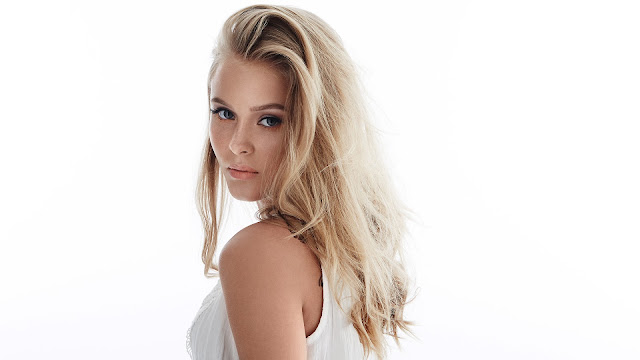 Video: Zara Larsson - Only You (En Vivo)