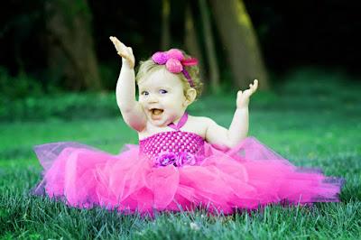 sevimli-bebek-ile-sevimli-smile-fotoğrafın
