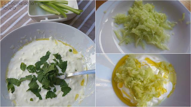 Tzatziki griego, crema de yogur y pepino.