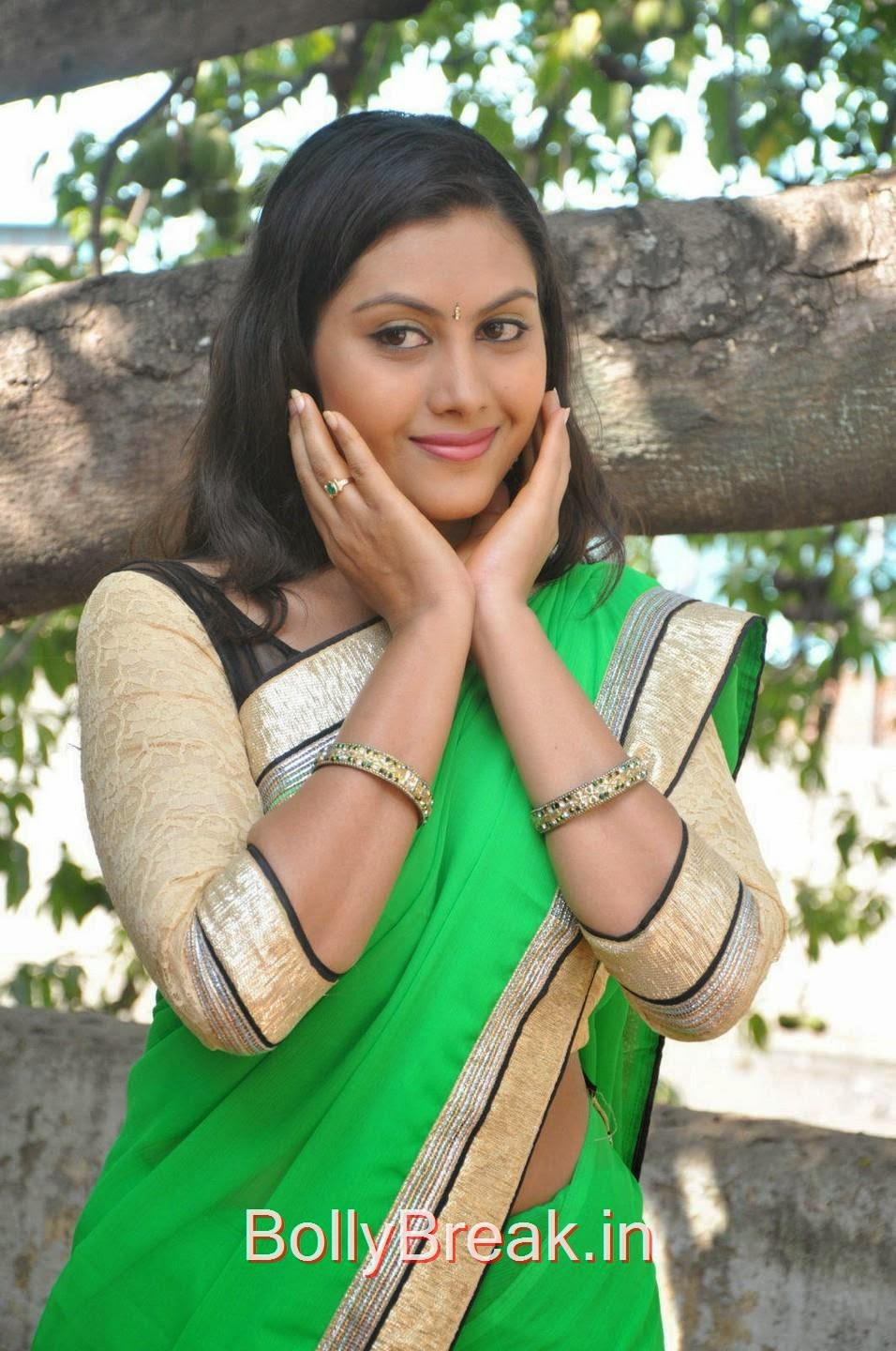 Priyanka images, Hot Pics Of Priyanka In Green Saree from SS Art Productions Production No 1 Movie