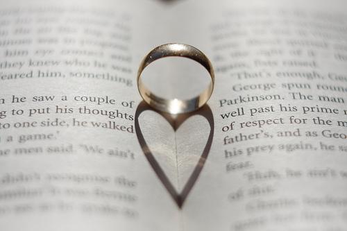 idee per cerimonia civile o simbolica, le promesse di matrimonio