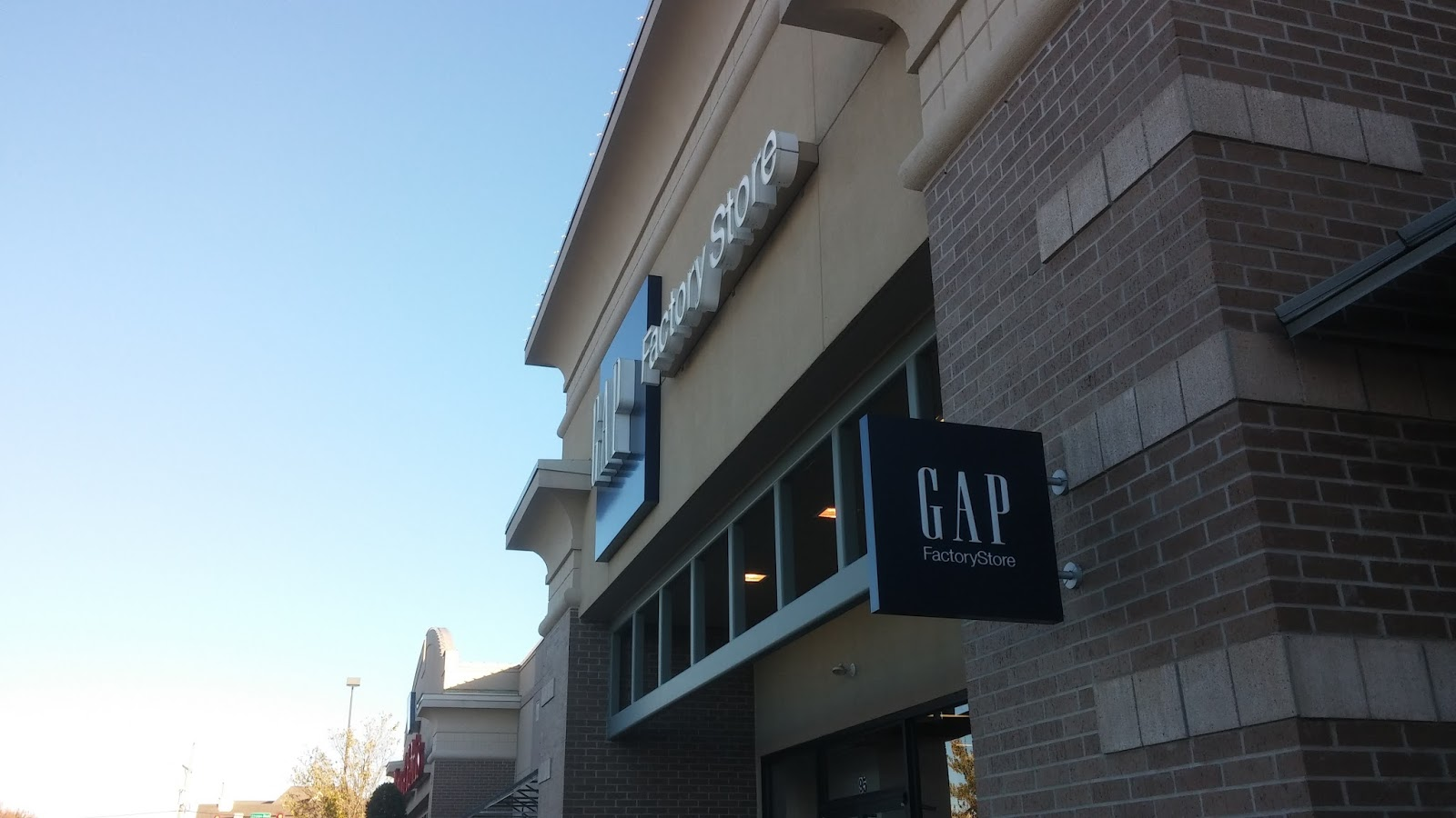 the mid south retail blog south lake centre southaven ms you recall that gap has a factorystore at tanger outlets southaven which is just down the road that road sign pictured at the top of the post is at