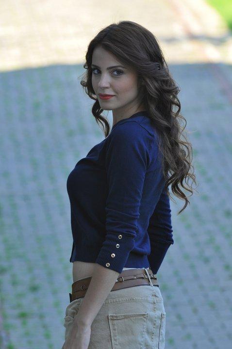 Turkish 'Magnificent Century (Mera Sultan)' actress Ezgi Eyuboglu Full HQ Sexy/Hot Photos & Wallpapers