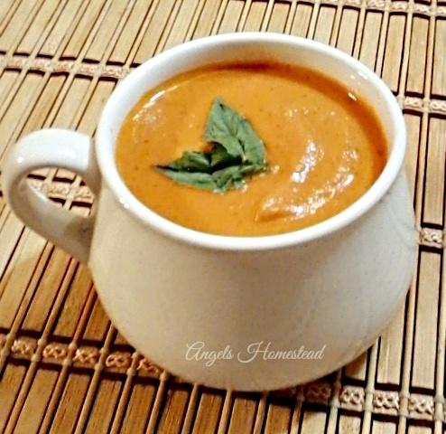 Home Sweet Homestead: Roasted Tomato Soup