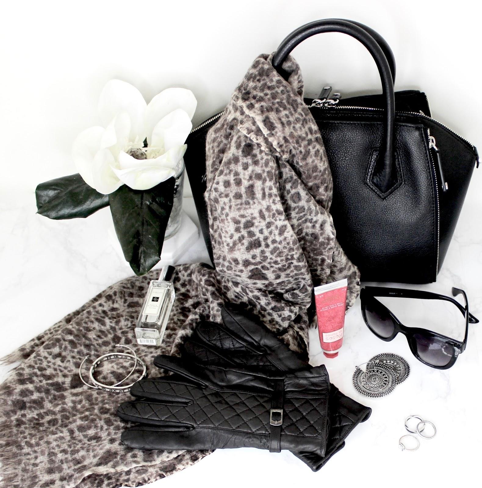 Handbag winter essentials