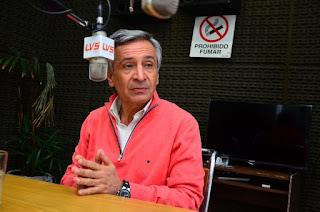 Después que Fátima Farías expresara que su hijo fue preso por basualdista, el senador Nacional  aclaró  su vínculo con el detenido y afirmó que no ve un trasfondo político.