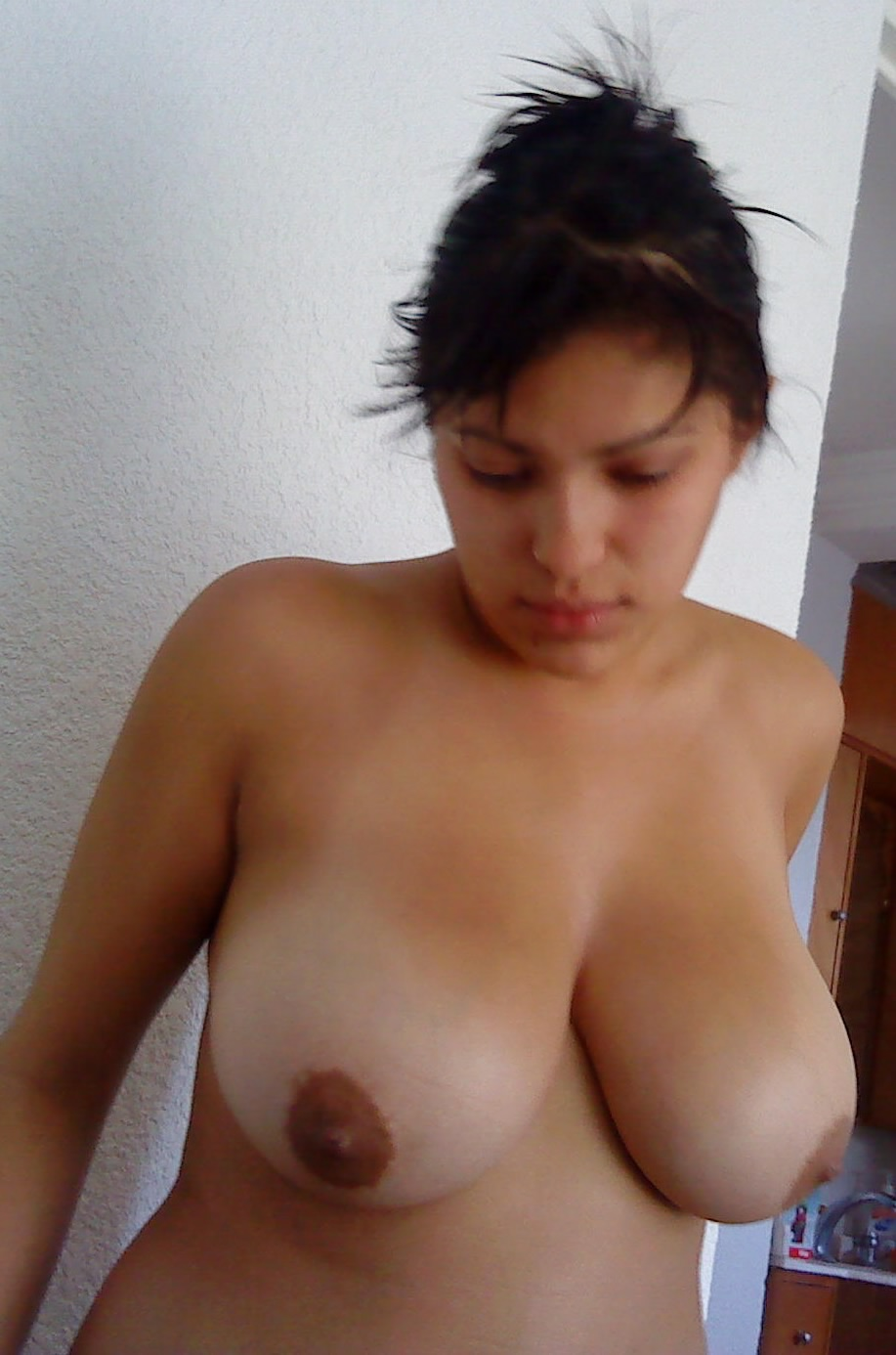 thick curvy latina