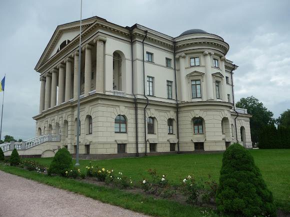 Батурин. Дворец Кирилла Разумовского 1799 – 1803 г.г.
