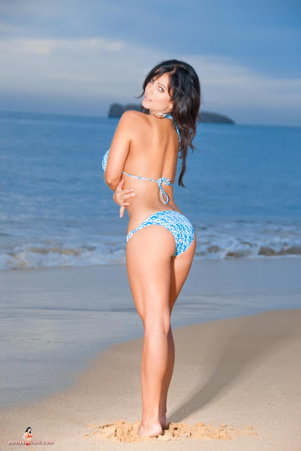 Denise-Milani-Big-Beach-hd-and-hq-photoshoot-image-5