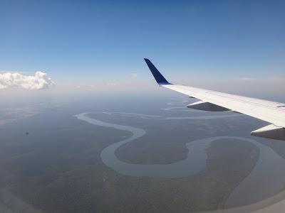 飛行機から見るアマゾン川