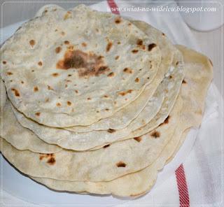 https://swiat-na-widelcu.blogspot.com/2019/03/domowa-tortilla.html
