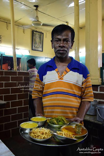 Hotel Tarun Niketan Bengali Food