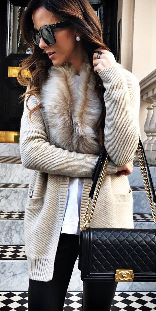 cute outfit | knit cardigan / white top + bag + black skinnies