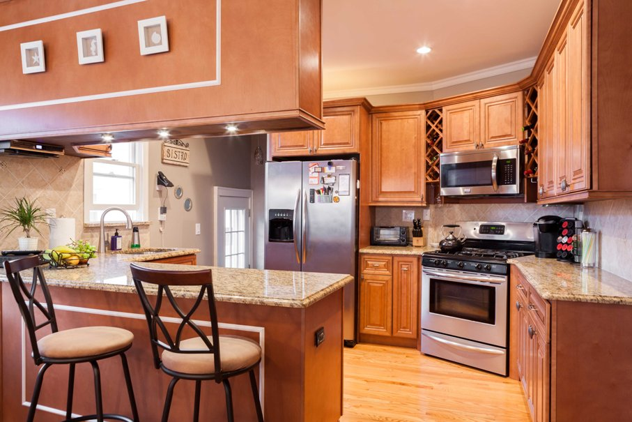 Bon ... Cabinets, Countertops, Flooring And More. We Do It All. We Have 10 Of  The Most Popular Door Styles And Finishes As Well As A Large Selection Of  Granite, ...