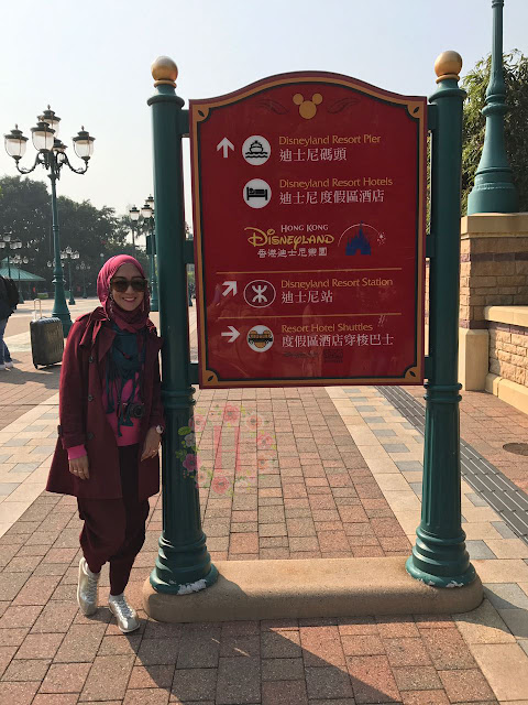wisata hongkong the peak hongkong visctoria peak hongkong madame tussaud hongkong tsim sha tsui hongkong travelling ke hongkong tiket pesawat ke hongkong disneyland hongkong disney resort hongkong oleh-oleh hongkong the peak tram hongkong jumbo floating restaurant hongkong harbour city belanja di hongkong