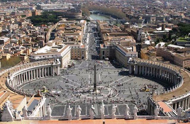 Cúpula da Basílica de São Pedro no Vaticano