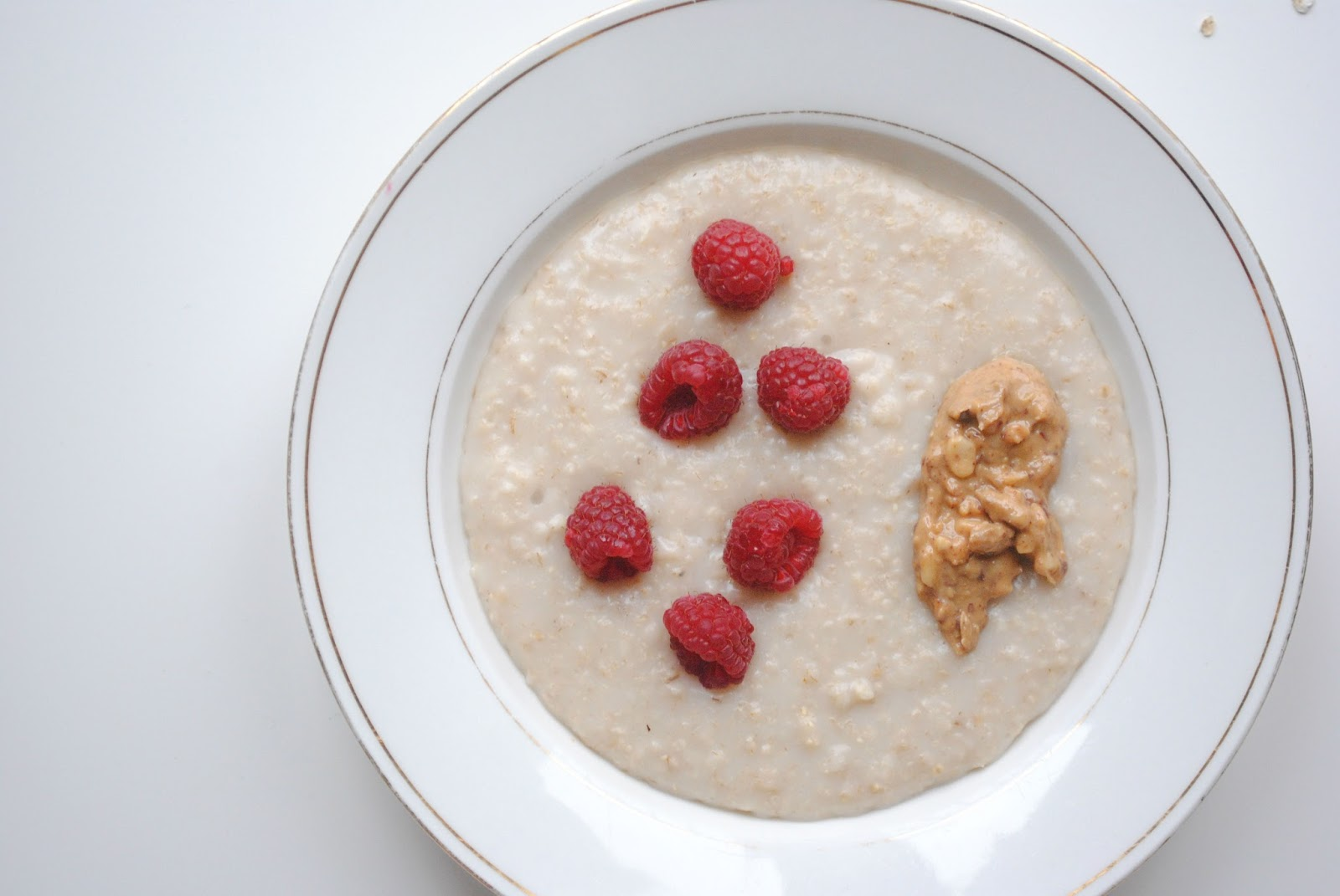 porridge healthy breakfast raspberries peanut butter food