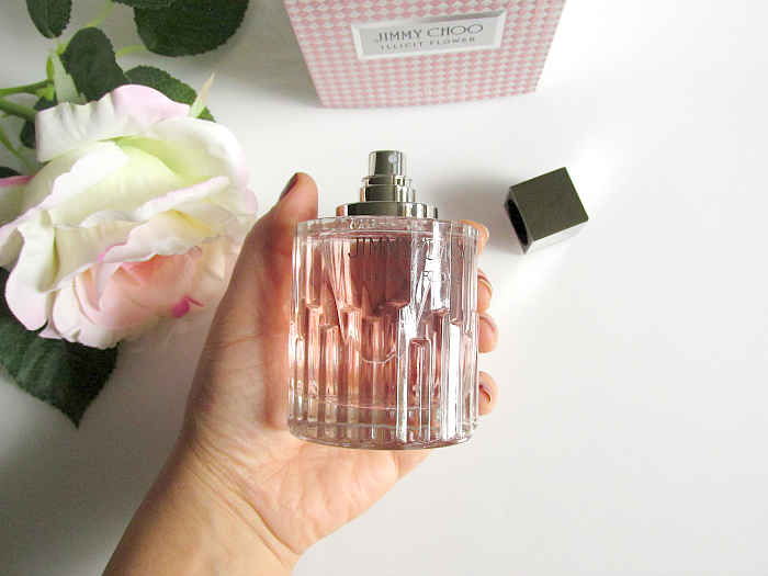 Review: JIMMY CHOO - ILLICIT FLOWER Flakon