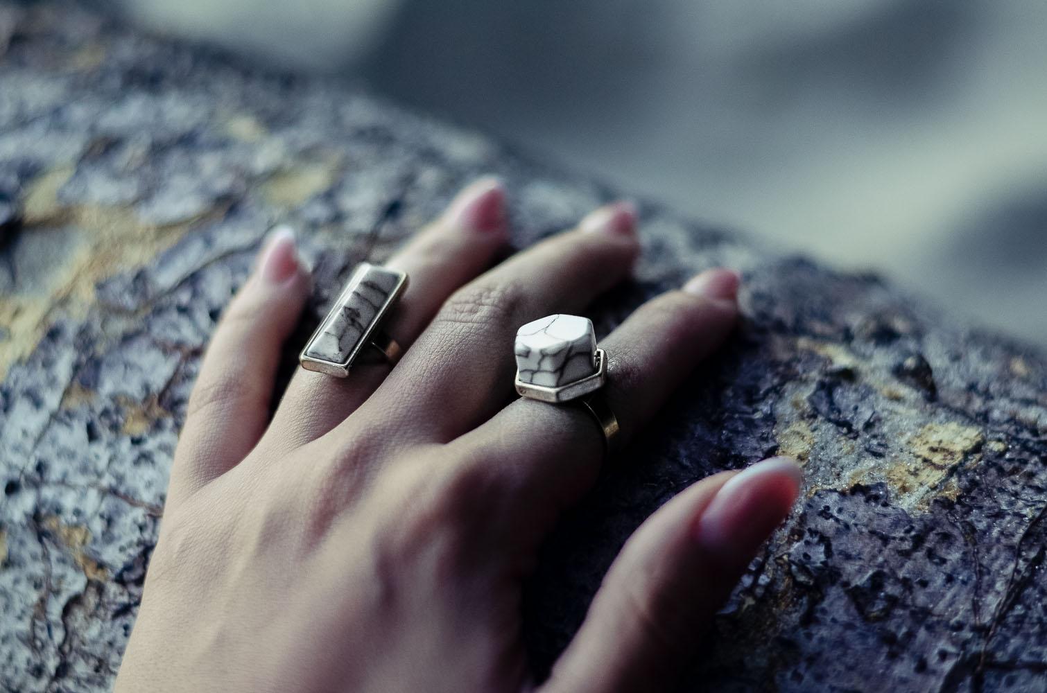 marble marmur złoto pierścionki