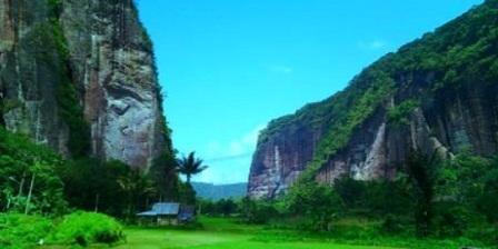 Lembah Harau  lembah harau padang lembah harau payakumbuh lembah harau payakumbuh sumatera barat