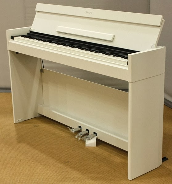 Az piano reviews review yamaha ydp142 ydp162 ydps51 for Yamaha ydp s52