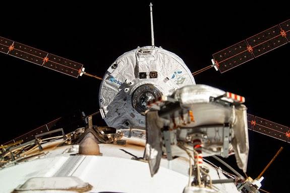 Suburban spaceman: ESA ATV-5 Georges Lemaître: Historical ...