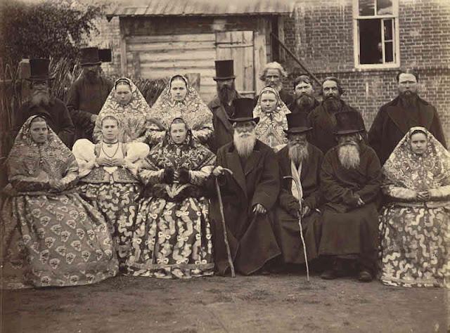 Нижегородские крестьяне. Фото И.Рауля. 1870-ы годы. С сайта https://www.charmingrussia.ru