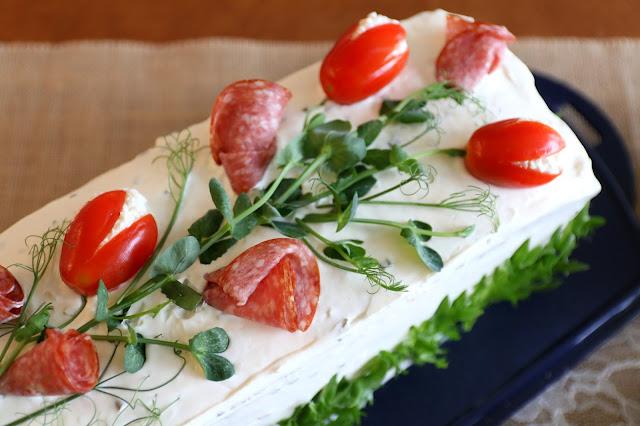 kinkku-voileipäkakku, voileipäkakku, sandwich cake, voileipäkakun resepti