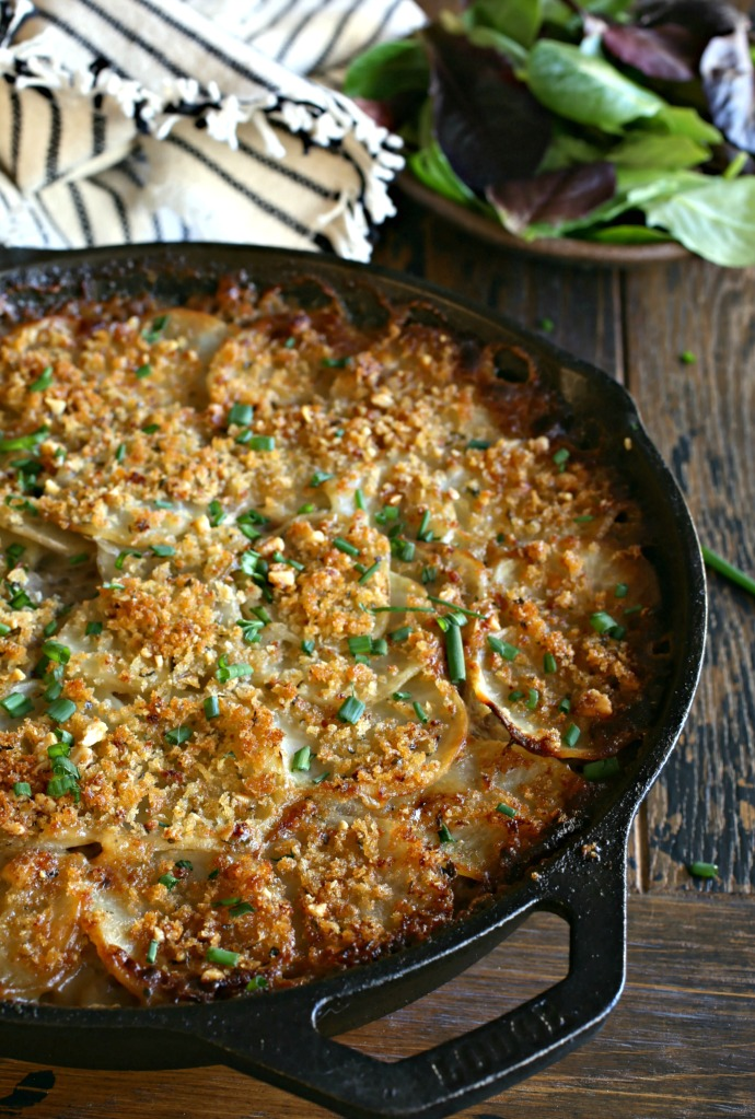 Cheesy-Beef-and-Potato-Casserole-1